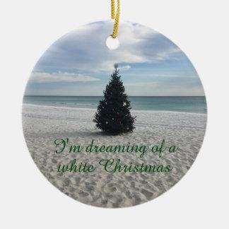 Ornamento De Cerâmica Sonho do feriado do White Christmas na praia