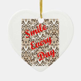 Ornamento De Cerâmica Sorri cada dia
