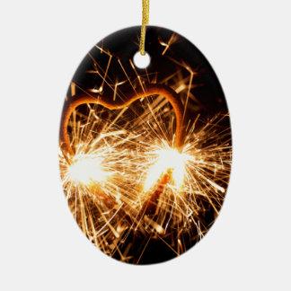 Ornamento De Cerâmica Sparkler ardente no formulário de um coração