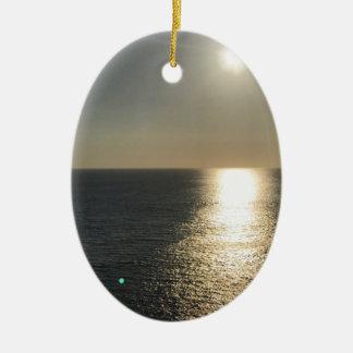 Ornamento De Cerâmica Sun na água