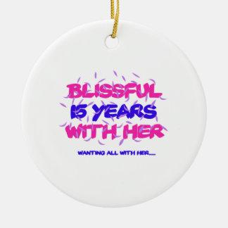 Ornamento De Cerâmica Tendendo o 15o design do aniversário do casamento