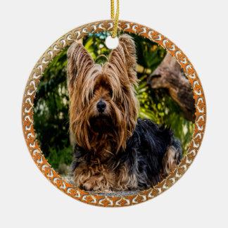 Ornamento De Cerâmica Terrier marrom e preto de Yorkshire adorável