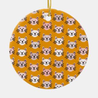 Ornamento De Cerâmica Teste padrão bonito do gato na mostarda amarela