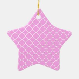 Ornamento De Cerâmica Teste padrão cor-de-rosa e branco de Quatrefoil