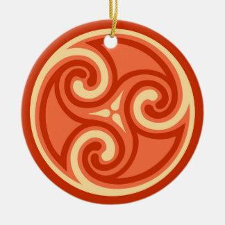 Ornamento De Cerâmica Teste padrão de Triskele do céltico, tanjerina