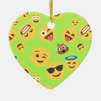 Ornamento De Cerâmica Teste padrão engraçado de Emoji (verde)