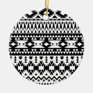Ornamento De Cerâmica Teste padrão geométrico asteca preto e branco do