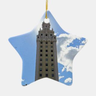 Ornamento De Cerâmica Torre cubana da liberdade em Miami