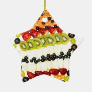 Ornamento De Cerâmica Torta dada forma ovo da fruta com várias frutas
