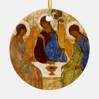 Ornamento De Cerâmica Trindade de Rublev na mesa