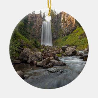 Ornamento De Cerâmica Tumalo majestoso cai em Oregon central EUA