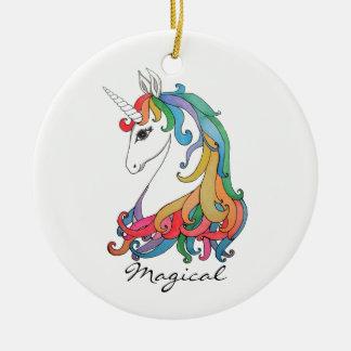 Ornamento De Cerâmica Unicórnio bonito do arco-íris da aguarela