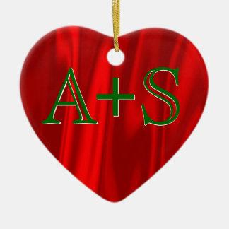 Ornamento De Cerâmica Verde vermelho das iniciais do monograma do casal
