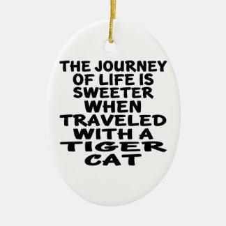 Ornamento De Cerâmica Viajado com o gato do gato de tigre