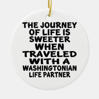 Ornamento De Cerâmica Viajado com um sócio da vida de Washingtonian