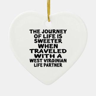 Ornamento De Cerâmica Viajado com um sócio da vida do Virginian