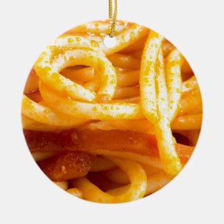 Ornamento De Cerâmica Vista macro detalhada nos espaguetes cozinhados em