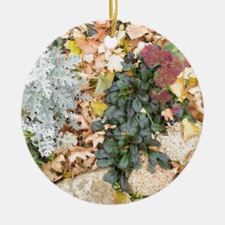 Ornamento De Cerâmica Vista superior do flowerbed do outono