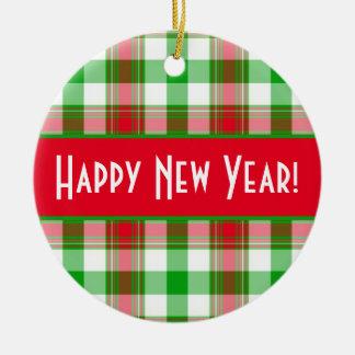 Ornamento De Cerâmica Xadrez vermelha e verde do feliz ano novo