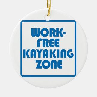 Ornamento De Cerâmica Zona Kayaking livre do trabalho