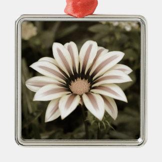 Ornamento De Metal agedprupleyellow listrado roxo da flor