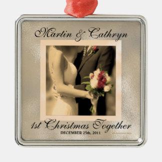 Ornamento De Metal Ano do costume do Natal do recem casados ø