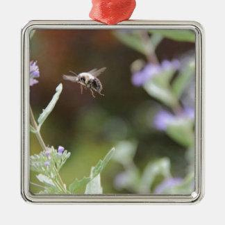 Ornamento De Metal Bumble a abelha