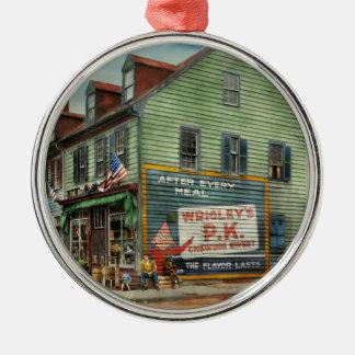 Ornamento De Metal Cidade - VA - mercearia 1927 de C&G