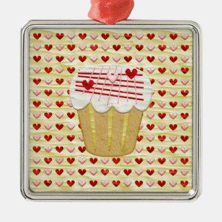 Ornamento De Metal Cupcake com velas do coração, vermelho dos