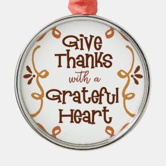 Ornamento De Metal Dê obrigados com um coração grato