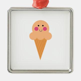 Ornamento De Metal Design do sorvete no branco