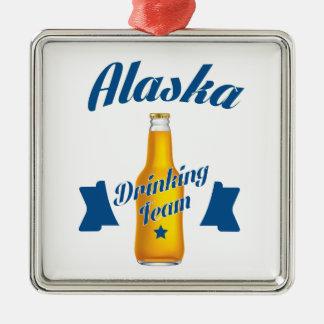 Ornamento De Metal Equipe do bebendo de Alaska