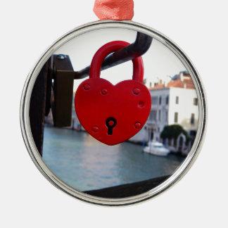 Ornamento De Metal fechamento do amor em Veneza