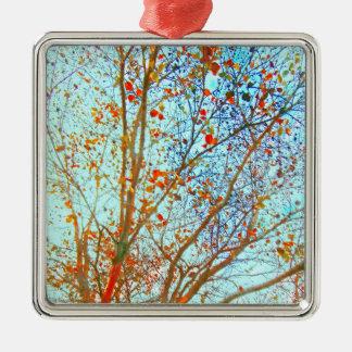Ornamento De Metal Folhas da laranja do outono e céu azul