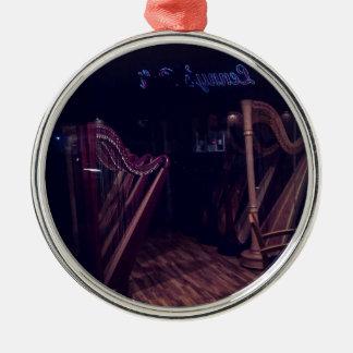 Ornamento De Metal Harpa na sombra