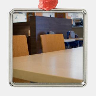 Ornamento De Metal Imagem borrada do café interior