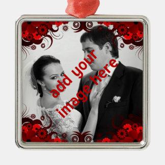 Ornamento De Metal Lembrança floral vermelha e branca elegante do