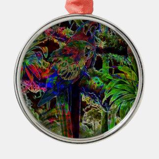 Ornamento De Metal Macaws no paraíso tropical na noite