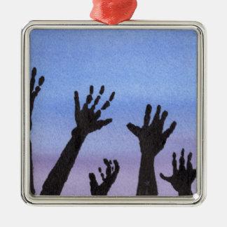 Ornamento De Metal Mãos do zombi no crepúsculo