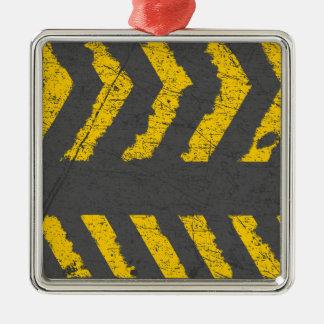 Ornamento De Metal Marcação de estrada amarela afligida Grunge