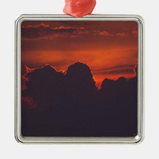 Ornamento De Metal Nuvens alaranjadas roxas do por do sol