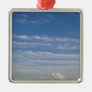 Ornamento De Metal Nuvens misturadas