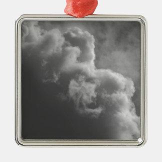 Ornamento De Metal Nuvens tormentosos