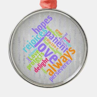 Ornamento De Metal O amor cristão é paciente na prata