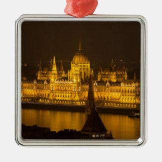 Ornamento De Metal O parlamento húngaro Budapest em a noite