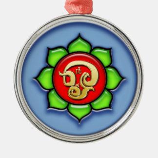 Ornamento De Metal OM (Tamil) vermelho, verde, azul