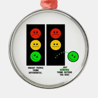 Ornamento De Metal Os gênios temperamentais do sinal de trânsito
