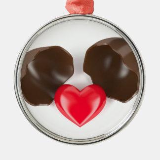 Ornamento De Metal Ovo e coração de chocolate