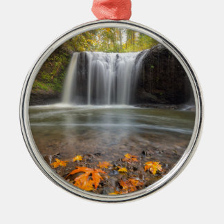 Ornamento De Metal Quedas escondidas no Outono de Clackamas Oregon