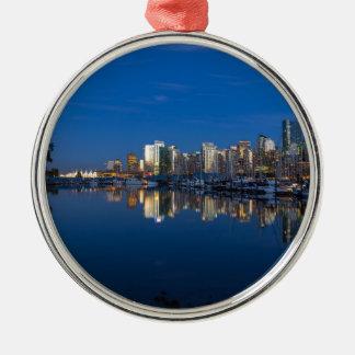 Ornamento De Metal Reflexão azul da hora de Vancôver BC
